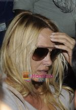 Pamela Anderson arrives in India for Bigg Boss in Mumbai Airport on 15th Nov 2010 (5).jpg