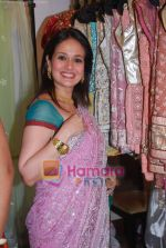 Aparna Tilak at Brides of Mumbai exhibition by designer Sarika Desai in Mumbai on 19th Nov 2010 (18).JPG