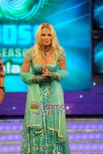 Pamela Anderson on the sets of Bigg Boss House in Mumbai on 19th Nov 2010 (7).JPG