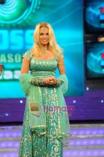 Pamela Anderson on the sets of Bigg Boss House in Mumbai on 19th Nov 2010 (8).JPG