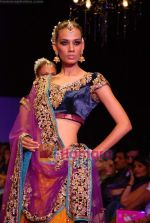 Model walk the ramp for Vikram Phadnis Show at The ABIL Pune Fashion Week Day 2 on 19th Nov 2010 (65).JPG