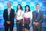 Sonali Bendre and Prachi Desai at Oral B promotional event in Ambassador hotel on 28th Nov 2010 (33).JPG
