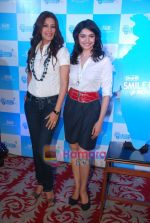 Sonali Bendre and Prachi Desai at Oral B promotional event in Ambassador hotel on 28th Nov 2010 (57).JPG