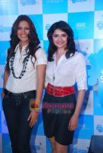 Sonali Bendre and Prachi Desai at Oral B promotional event in Ambassador hotel on 28th Nov 2010 (61).JPG