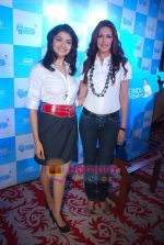 Sonali Bendre and Prachi Desai at Oral B promotional event in Ambassador hotel on 28th Nov 2010 (90).JPG