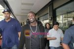 Akon Arrives in Mumbai to record for Ra.One in Mumbai Airport on 7th Dec 2010 (11).jpg