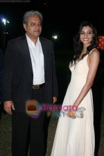 Neha Hinge at Casino Royale race press meet in RWITC on 14th Dec 2010 (18).JPG