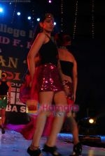at MMK College fest Aakarshan in Tulip Star on 17th Dec 2010 (64).JPG