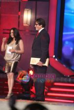 Tina Ambani, Amitabh Bachchan at Big Star Awards in Bhavans Ground on 21st Dec 2010 (2).JPG