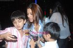Sonali bendre celeberates chritmas with children at Veda, Palladium on 26th Dec 2010 (2).JPG