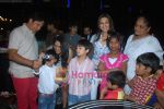 Sonali bendre celeberates chritmas with children at Veda, Palladium on 26th Dec 2010 (3).JPG