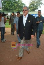 Vijay Mallya at Mid-day race in Mahalaxmi Race Course on 26th Dec 2010 (2).JPG