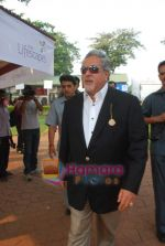 Vijay Mallya at Mid-day race in Mahalaxmi Race Course on 26th Dec 2010 (3).JPG