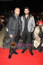 Vishal Dadlani, Shekhar Ravjiani at SA RE GA MA PA finals in Andheri Sports Complex on 26th Dec 2010 (3).JPG