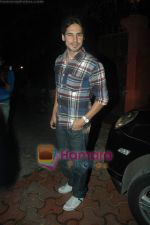dino morea at Farah Ali Khan_s bday bash in Juhu on 27th Dec 2010.JPG
