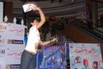 Gul Panag at Turning 30 promotional event in Inorbit Mall on 28th Dec 2010 (55).JPG
