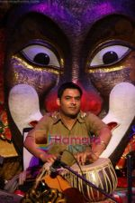 Kapil Sharma at Comedy Circus new season on location in Andheri on 28th Dec 2010 (2).JPG