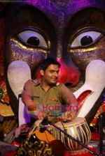 Kapil Sharma at Comedy Circus new season on location in Andheri on 28th Dec 2010 (3).JPG