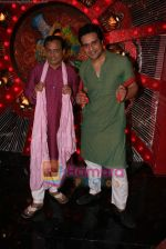 Krushna at Comedy Circus new season on location in Andheri on 28th Dec 2010 (7).JPG