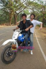TV stars Shravan and Ranbir ( Karan Wahi) bike race in Filmcity, Mumbai on 28th Dec 2010 (10).JPG