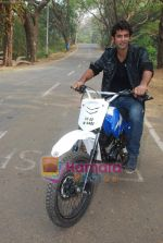 TV stars Shravan and Ranbir ( Karan Wahi) bike race in Filmcity, Mumbai on 28th Dec 2010 (12).JPG