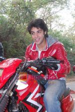 TV stars Shravan and Ranbir ( Karan Wahi) bike race in Filmcity, Mumbai on 28th Dec 2010 (5).JPG