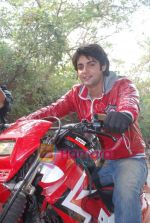 TV stars Shravan and Ranbir ( Karan Wahi) bike race in Filmcity, Mumbai on 28th Dec 2010 (6).JPG