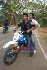 TV stars Shravan and Ranbir ( Karan Wahi) bike race in Filmcity, Mumbai on 28th Dec 2010 (9).JPG