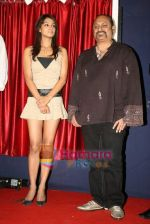 Barkha Bisht, Leslie Lewis at the launch of Me Home TV in Sea Princess on 5th Jan 2011 (3).JPG
