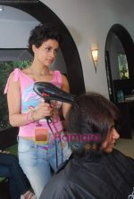 Gul Panag promote Turning 30 in a spa at Bandra, Mumbai on 12th Jan 2011 (8).JPG