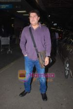 Sajid Khan leave for Zee Awards in Singapore in Mumbai Airport on 12th Jan 2011 (2).JPG