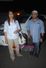 Sajid leave for Zee Awards in Singapore in Mumbai Airport on 12th Jan 2011 (6).JPG