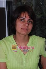 promote Turning 30 in a spa at Bandra, Mumbai on 12th Jan 2011 (14).JPG