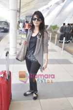 Aanchal Kumar spotted at airport in Mumbai Airport on 14th Jan 2011 (14).JPG