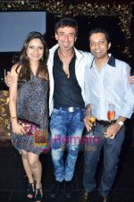 Rahul Dev at Ashmit Patel_s birthday bash in Veda on 13th Jan 2011 (15).JPG
