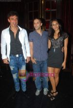 Rahul Dev at Ashmit Patel_s birthday bash in Veda on 13th Jan 2011 (3).JPG