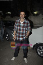 Tusshar Kapoor at Yamla Pagla Deewana screening by Rumi Jaffrey in Ketnav, Mumbai on 13th Jan 2011 (13).JPG