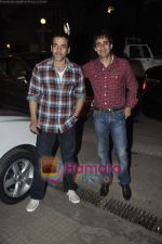 Tusshar Kapoor at Yamla Pagla Deewana screening by Rumi Jaffrey in Ketnav, Mumbai on 13th Jan 2011 (4).JPG