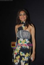 Madhoo Shah at Day 1 of Chivas Studiio in Mahalaxmi Race Course on 14th Jan 2011 (2).JPG