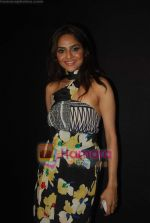 Madhoo Shah at Day 1 of Chivas Studiio in Mahalaxmi Race Course on 14th Jan 2011 (4).JPG