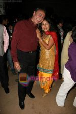 Anang Desai, Vibha Anand at Zee Tv_s Sanskar Laxmi opening show bash in Marimba Lounge on 17th Jan 2011 (24).JPG