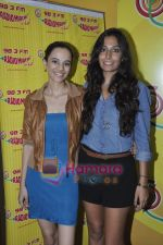 Kriti Malhotra, Monica Dogra promote Dhobighat on Radio Mirchi in Andheri, Mumbai on 19th Jan 2011 (10).JPG