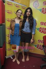 Kriti Malhotra, Monica Dogra promote Dhobighat on Radio Mirchi in Andheri, Mumbai on 19th Jan 2011 (14).JPG