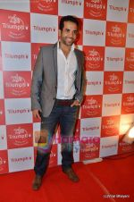 Tusshar Kapoor at The Triumph Show 2011 Red Carpet on 20th Jan 2011 (84).JPG