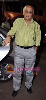 Mukesh Bhatt at Mazdoor Union meeting in Andheri Sports Complex on 26th Jan 2011 (11).JPG