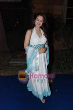 Amisha Patel at Banpreet Singh son_s wedding in ITC Grand Maratha on 31st Jan 2011 (2).JPG