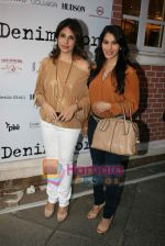Sophie Choudhry at Denim story store launch in Fort on 2nd Feb 2011 (16).JPG