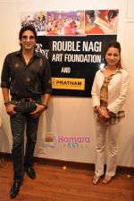 Wasim Akram with Rouble Nagi at Rouble Nagi_s Art Exhibition on 3rd Feb 2010 (3).JPG