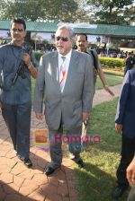 Vijay Mallya at Signaturel Derby in Mahalaxmi on 6th Feb 2011 (17).JPG