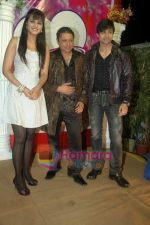 Ranjeet, Shaleen Bhanot, Daljeet Kaur at Taz_s film mahurat Chal Joothey in Blue Waters on 10th Feb 2011 (5).JPG